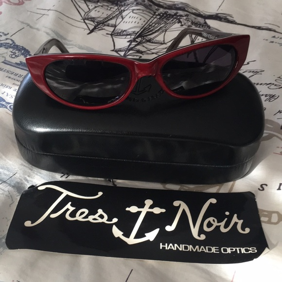 f5c75ff67c7b tres noir Accessories | Cherry Bomb Sunglasses | Poshmark